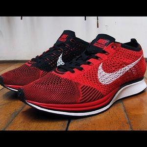 RARE Nike Flyknit Racer University Red sneakers